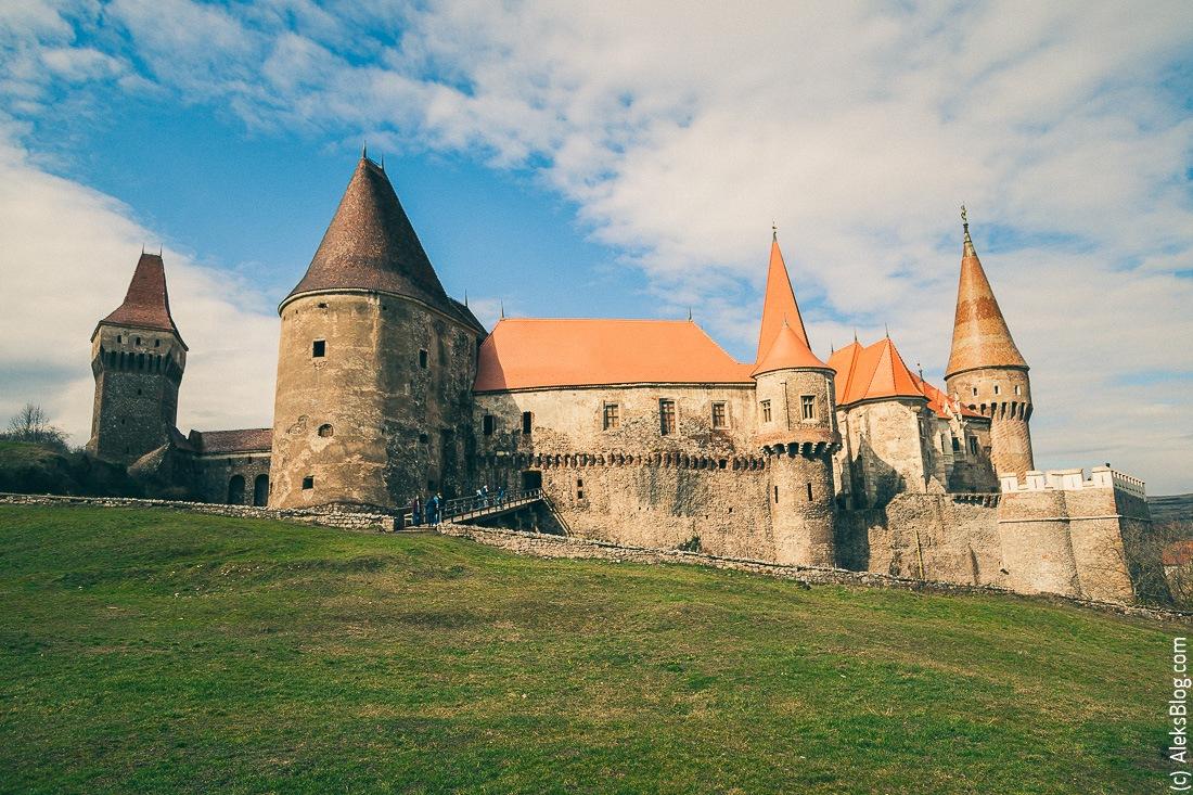 Румыния замок Корвинов