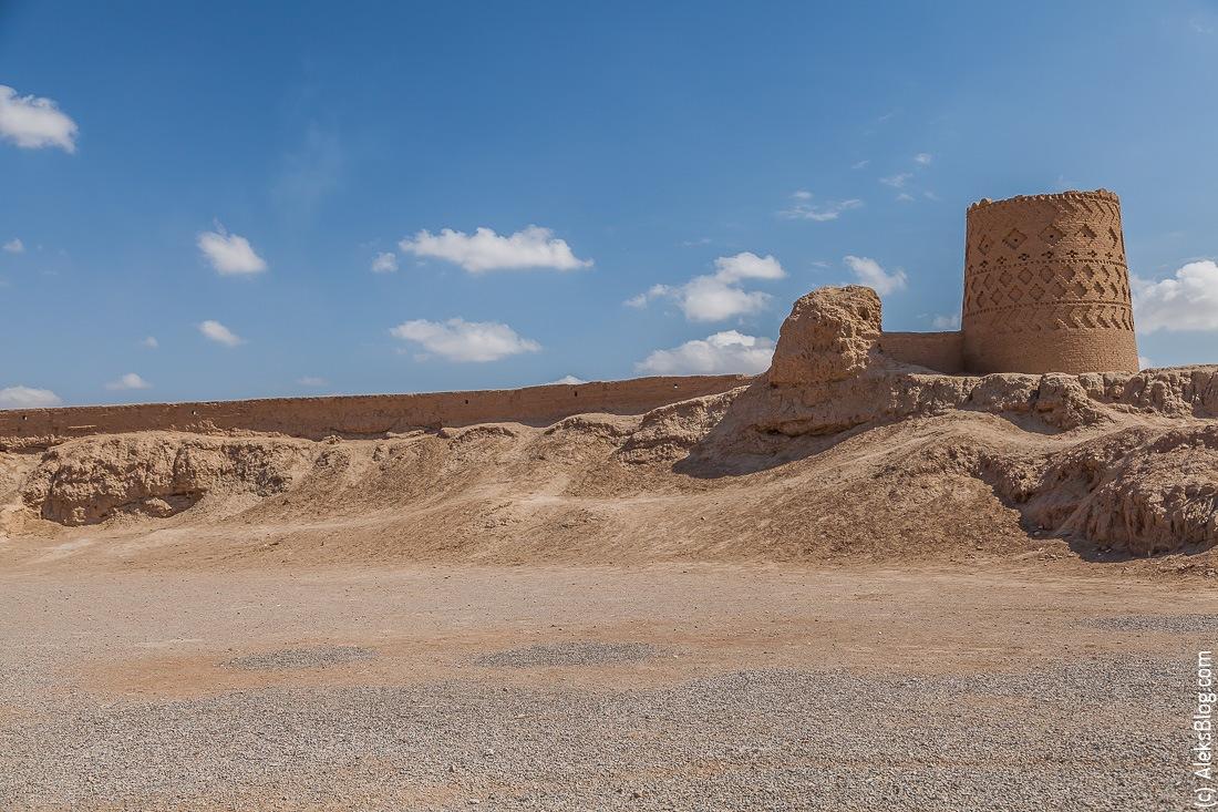 Мейбод крепость