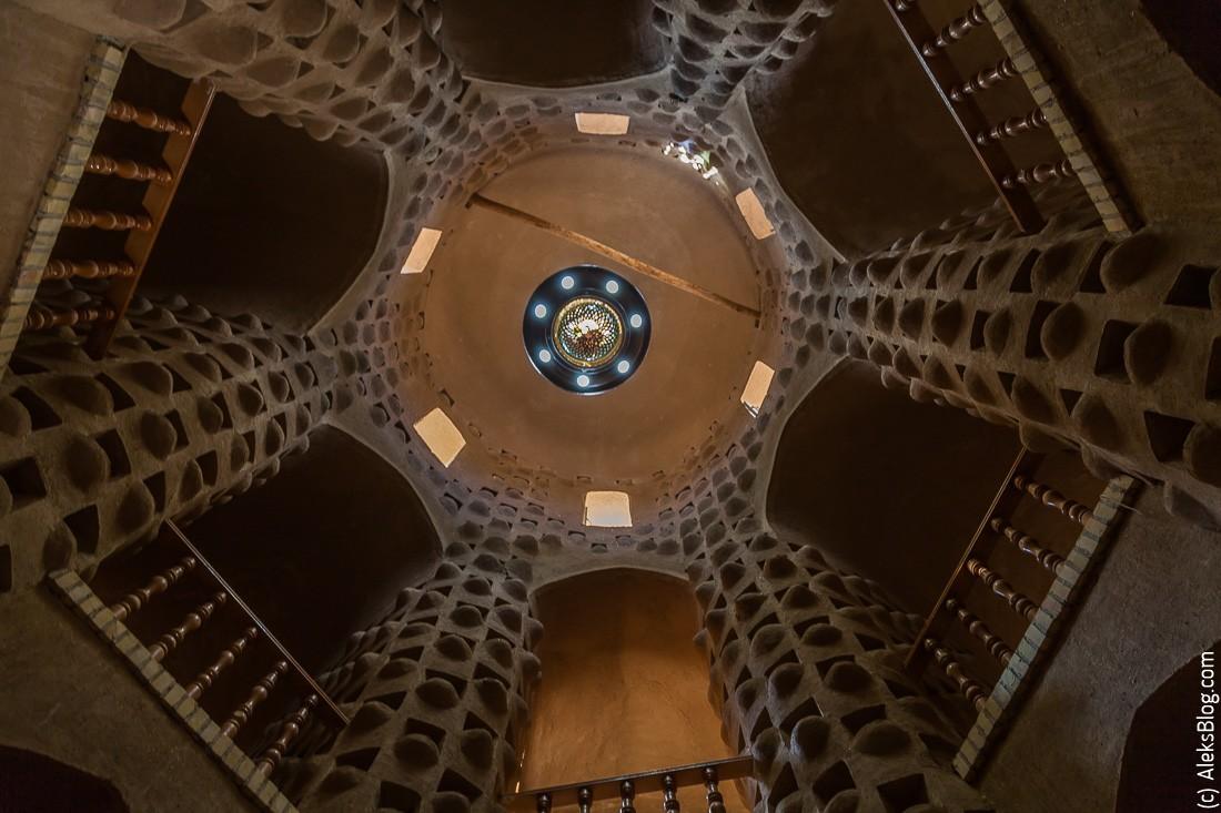 Голубиная башня Мейбод
