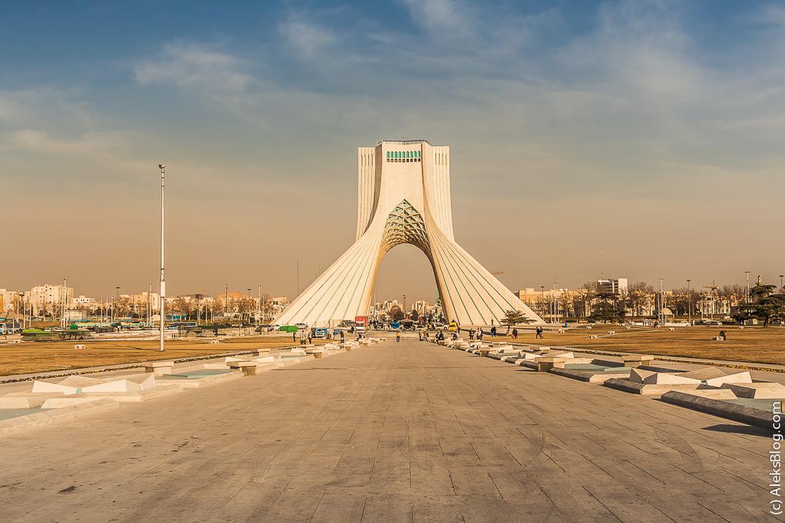 Тегеран башня Азади