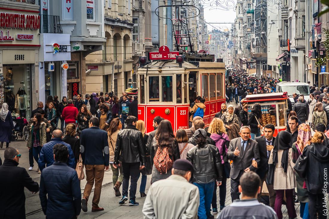 Стамбул красный трамвай