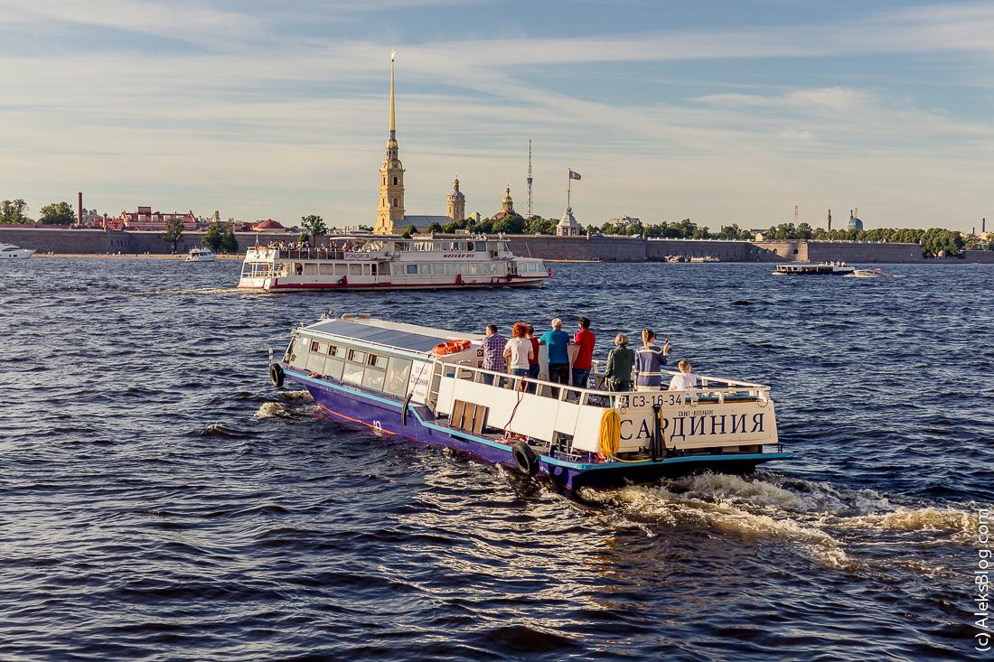 Петербург прогулки на теплоходах